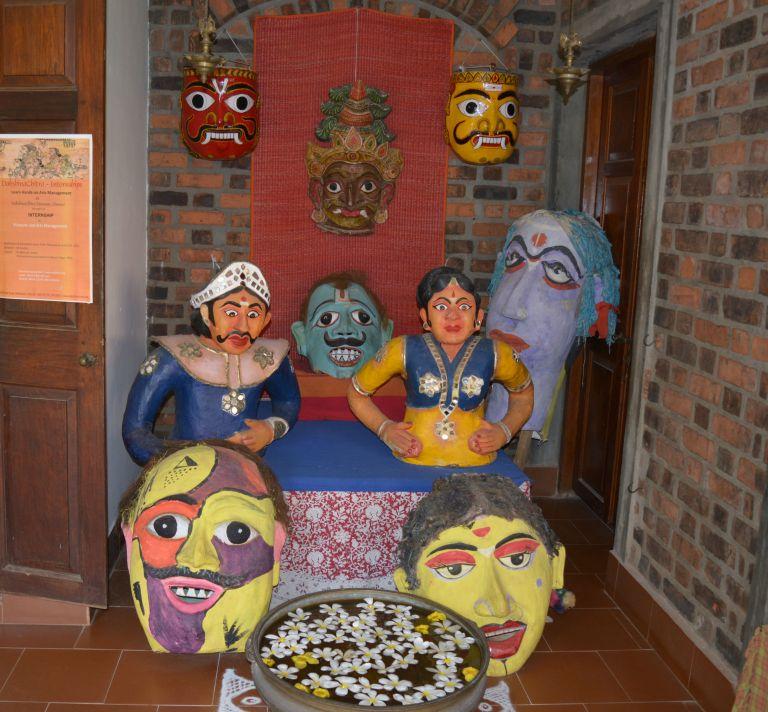 Dakshin dolls